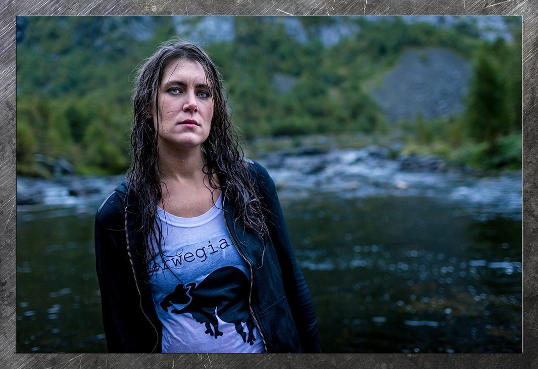 Excellent picture of Maria Thoresen. From Norwegan Rat's photoshoot in Hunnedalen.